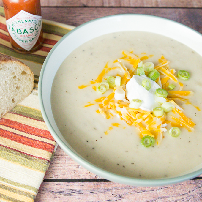Creamy Potato Soup/joyineveryseason.com