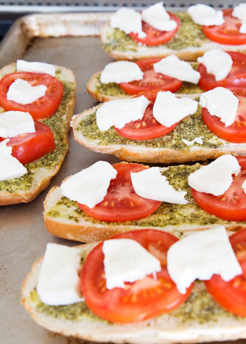 Pesto Caprese Bread-1