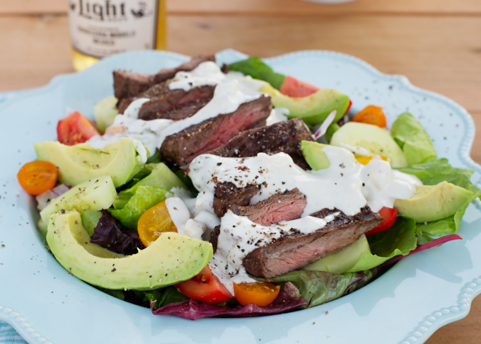 Grilled Skirt Steak w/Creamy Blue Cheese Dressing