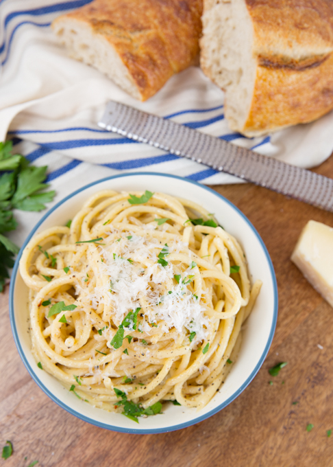 Cacio e Pepe (cheese & pepper pasta)