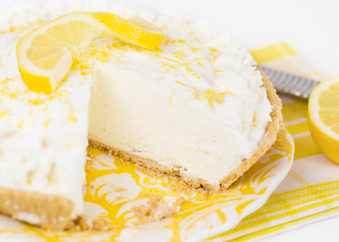 Lemon Frozen Yogurt Pie