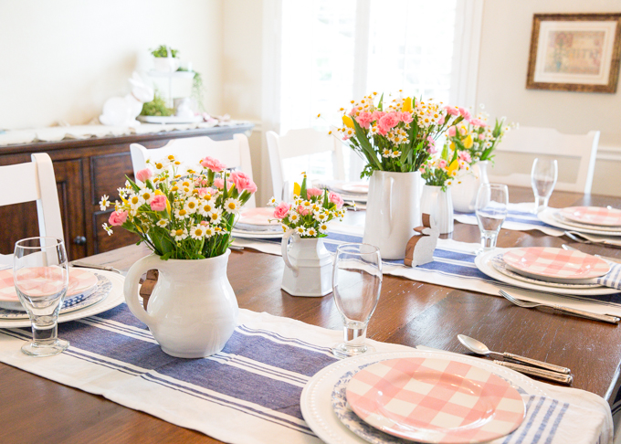 Pink Plaid & Blue Floral Tablescape