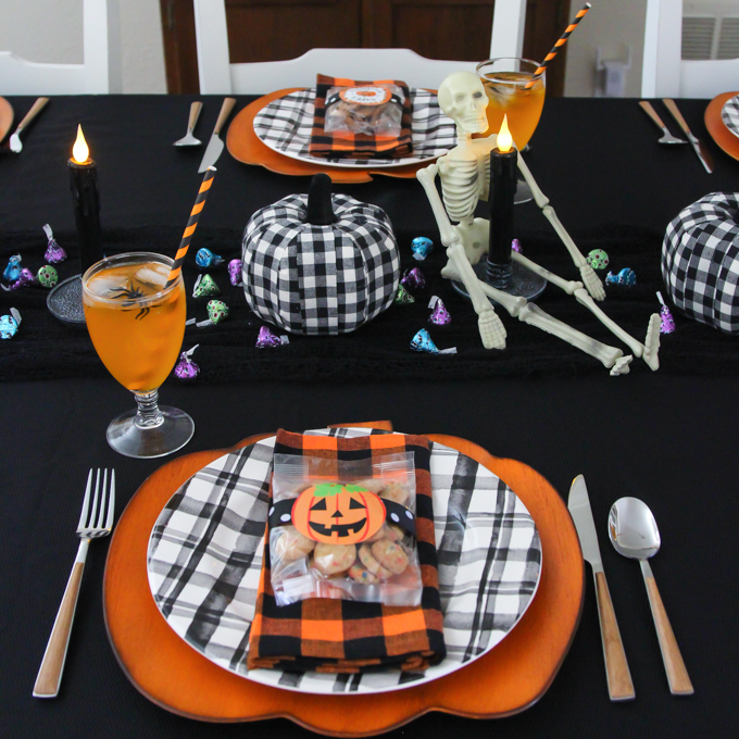 Black and Orange Halloween Tablescape
