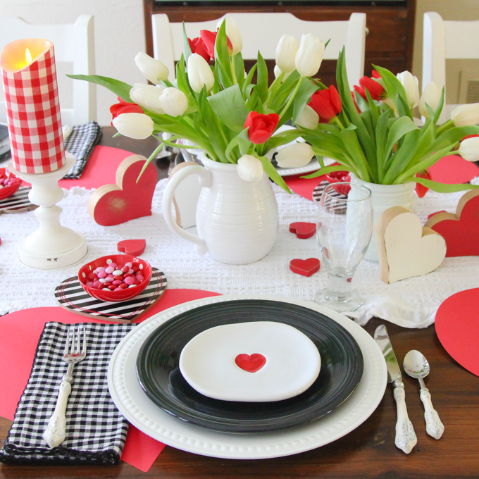 Red Heart Tablescape